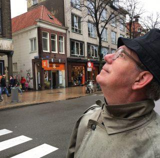 Beelden In Stad #2: aapjes kijken