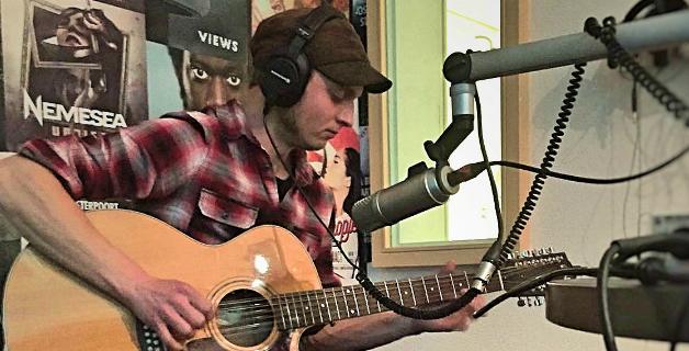 Joost Dijkema live: 2 liedjes + interview